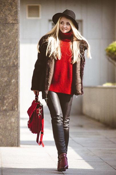nl0zk5-l-610x610-blondegal-blogger-hat-redsweater-leatherpants-redbag-winteroutfits-wintercoat-pants-shoes-coat-bag-sweater-jacket