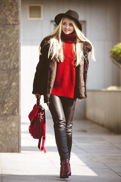 nl0zk5-l-610x610-blondegal-blogger-hat-redsweater-leatherpants-redbag-winteroutfits-wintercoat-pants-shoes-coat-bag-sweater-jacket